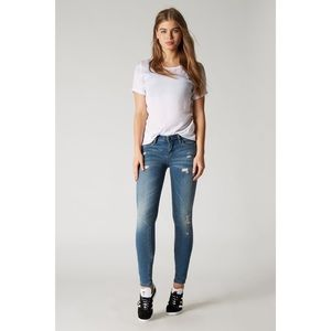 BlankNYC Skinny Classique Jeans In No Time For Dat
